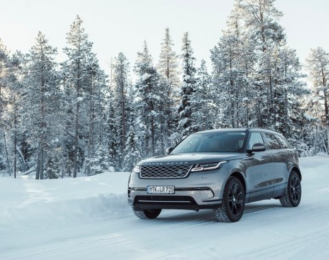 Jaguar Land Rover Winter Tour
