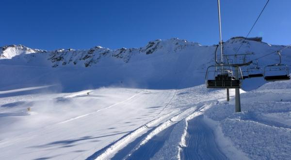 In viaggio sulla quadriposto fissa grawand for Vista sulla valle cabine colline hocking