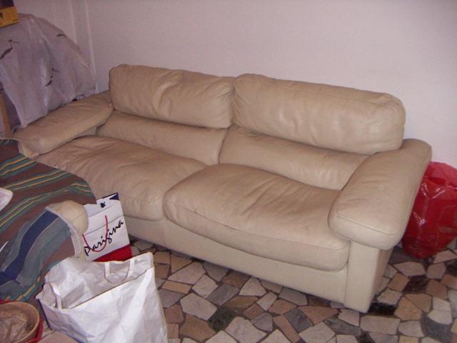 vendo divano frau pelle bianca modernariato \'70