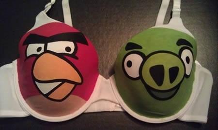 80461-reggiseno-angry-birds.jpg