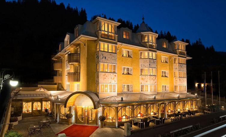 Madonna di campiglio passo grost for Boutique hotel alpen